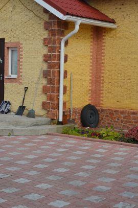 Тротуарная плитка производство и укладка в Мурманске. Частное строение.
