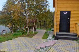 Тротуарная плитка производство и укладка в Мурманске. Домики для отдыха.